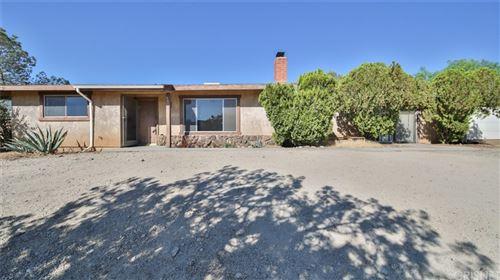Photo of 33165 Sierra Pelona Road, Agua Dulce, CA 91390 (MLS # SR21206224)