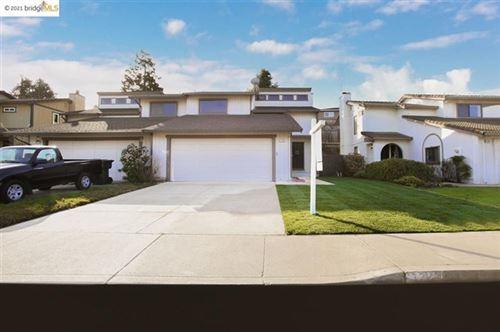Photo of 1324 Shaddick Dr., Antioch, CA 94509 (MLS # 40935225)