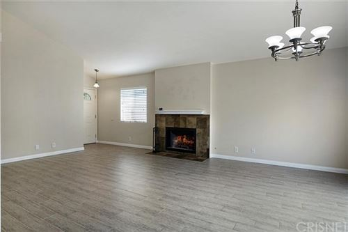 Tiny photo for 28913 Rue Daniel, Canyon Country, CA 91387 (MLS # SR20193225)