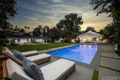 Photo of 15210 Greenleaf Street, Sherman Oaks, CA 91403 (MLS # SR20196225)