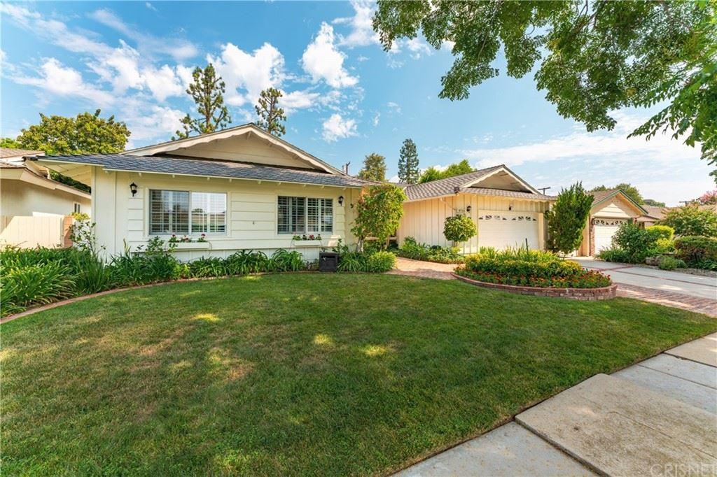9718 Quartz Avenue, Chatsworth, CA 91311 - MLS#: SR21187225