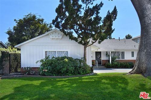 Photo of 12954 OTSEGO Street, Sherman Oaks, CA 91423 (MLS # 20648226)