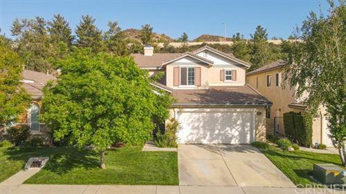 Photo of 28308 Maitland Lane, Saugus, CA 91350 (MLS # SR21099227)