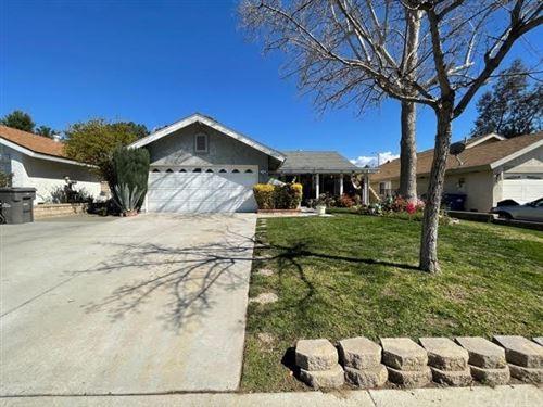 Photo of 27748 Cherry Creek Drive, Valencia, CA 91354 (MLS # BB21067228)
