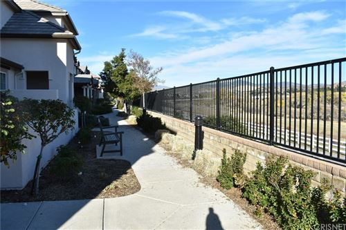 Photo of 28614 Pietro Drive, Valencia, CA 91354 (MLS # SR21179228)