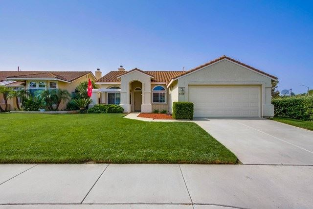 Photo for 3313 Lake Circle Drive, Fallbrook, CA 92028 (MLS # 200045229)