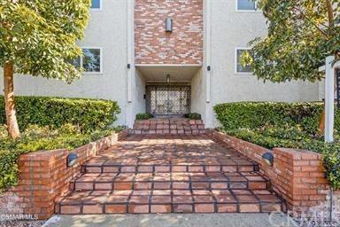 Photo of 1712 Colby Avenue, Los Angeles, CA 90025 (MLS # AR21102230)