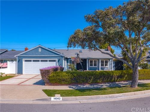 Photo of 14942 Northridge Lane, Huntington Beach, CA 92647 (MLS # OC21072230)