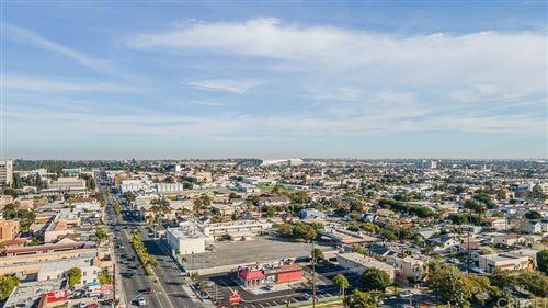 Photo of 504 W Queen Street, Inglewood, CA 90301 (MLS # SR21201230)