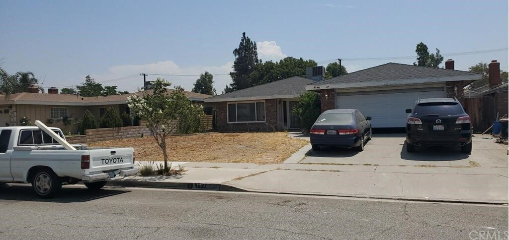 9637 Sewell Avenue, Fontana, CA 92335 - MLS#: DW21152230