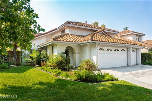 Photo of 12312 Willow Spring Drive, Moorpark, CA 93021 (MLS # 221005231)