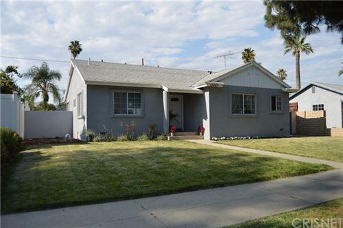 Photo of 15843 San Fernando Mission Boulevard, Granada Hills, CA 91344 (MLS # SR20125231)