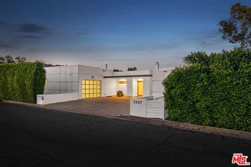 Photo of 7887 Willow Glen Road, Los Angeles, CA 90046 (MLS # 21697232)