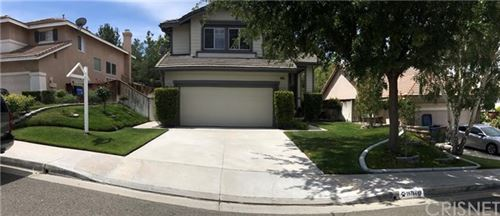 Photo of 19704 Koji Court, Canyon Country, CA 91351 (MLS # SR20104232)