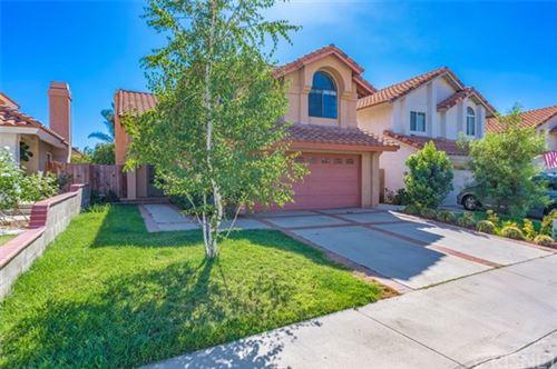 Photo of 7 Las Piedras, Rancho Santa Margarita, CA 92688 (MLS # SR20155232)