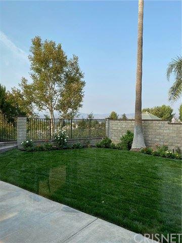 Tiny photo for 24525 Lorikeet Lane, Valencia, CA 91355 (MLS # SR20175232)