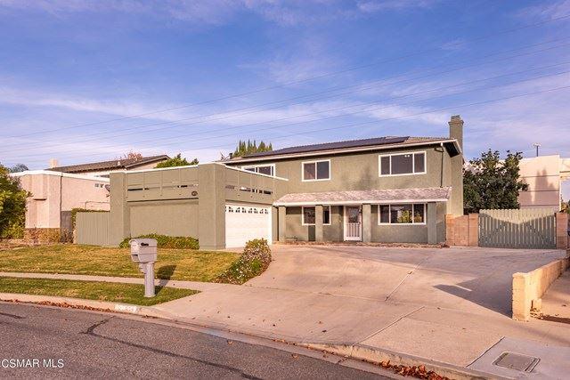 Photo of 1652 Eagle Peak Avenue, Simi Valley, CA 93063 (MLS # 221000232)