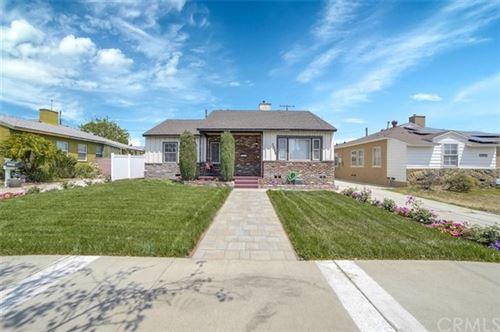 Photo of 2008 N Rose Street, Burbank, CA 91505 (MLS # CV21094233)