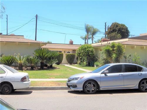 Photo of 420 N Oak Street, Orange, CA 92867 (MLS # SB21119233)