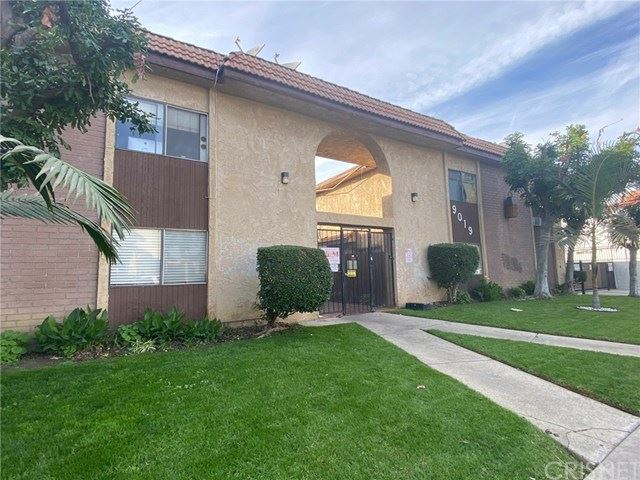 Photo for 9019 Cedros Avenue #6, Panorama City, CA 91402 (MLS # SR20246233)