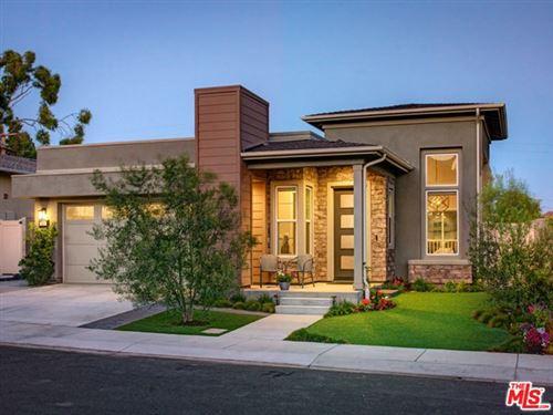 Photo of 924 Camber Lane, El Segundo, CA 90245 (MLS # 20625234)
