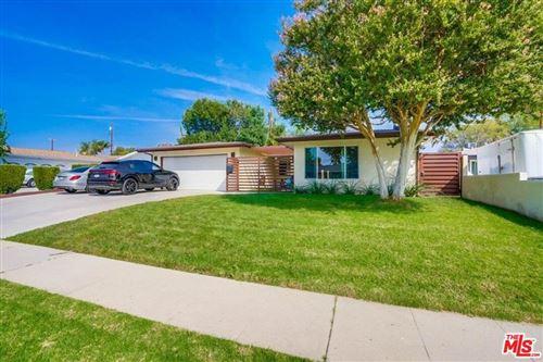 Photo of 9338 Rhea Avenue, Northridge, CA 91324 (MLS # 21785234)