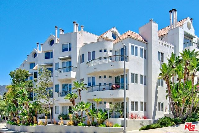 Photo of 15425 ANTIOCH Street #202, Pacific Palisades, CA 90272 (MLS # 21699234)