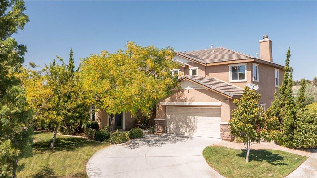 38485 Royal Burgh Drive, Murrieta, CA 92563 - MLS#: SW21203235