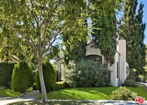 Photo of 201 S CRESCENT Drive, Beverly Hills, CA 90212 (MLS # 20589236)