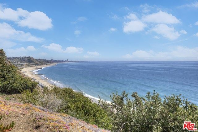 17352 W Sunset Boulevard #304D, Pacific Palisades, CA 90272 - MLS#: 21719236