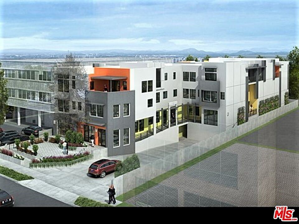 Photo of 18662 Florida Street, Huntington Beach, CA 92648 (MLS # 21729236)