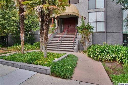 Photo of 930 N Louise Street #305, Glendale, CA 91207 (MLS # 320003237)