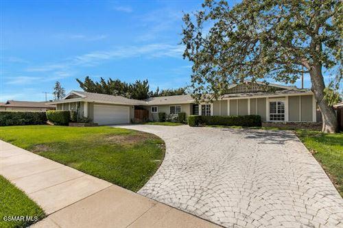 Photo of 1161 Buckingham Drive, Thousand Oaks, CA 91360 (MLS # 221005238)
