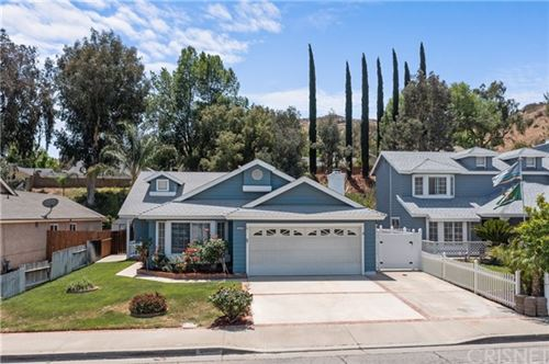 Photo of 28470 Victoria Road, Castaic, CA 91384 (MLS # SR21101238)