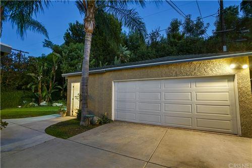 Tiny photo for 18352 Bessemer Street, Tarzana, CA 91335 (MLS # SR21171238)