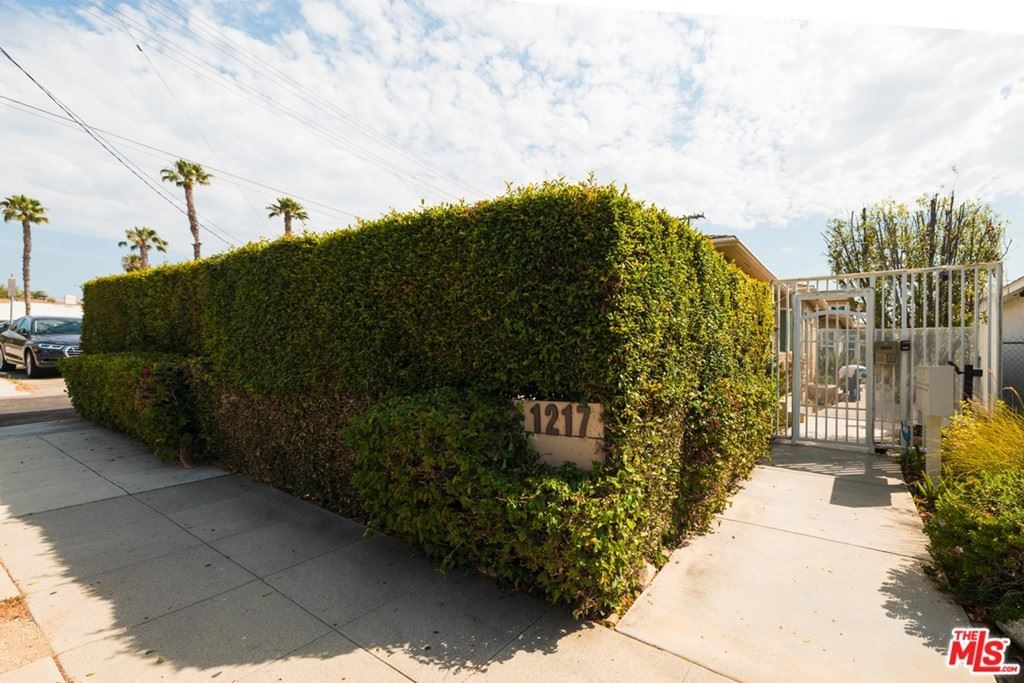 Photo of 1217 25Th Street #B, Santa Monica, CA 90404 (MLS # 21765238)