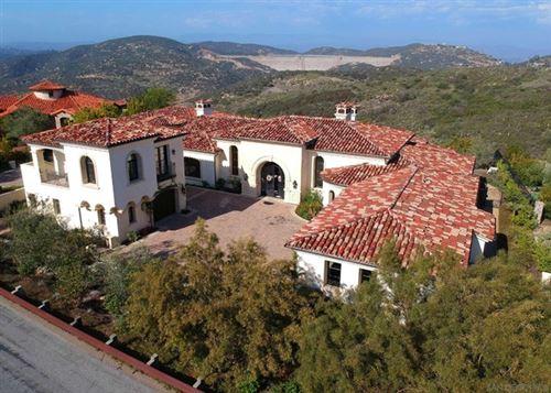 Photo of 18386 Via Ambiente, Rancho Santa Fe, CA 92067 (MLS # 210010239)