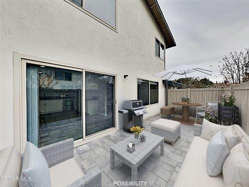 Photo of 1743 Avenida De Las Flores, Thousand Oaks, CA 91362 (MLS # 221000239)
