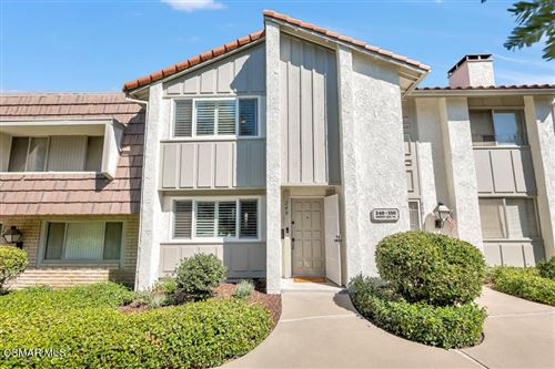 Photo of 248 Green Lea Place, Thousand Oaks, CA 91361 (MLS # 221005239)