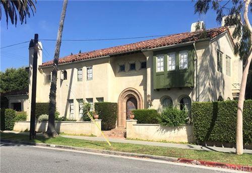 Photo of 710 Marguerita Avenue, Santa Monica, CA 90402 (MLS # SR20134239)
