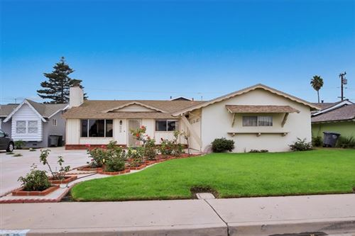 Photo of 4723 S B S Street, Oxnard, CA 93033 (MLS # V1-2239)