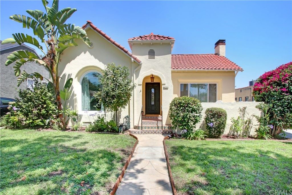 Photo of 1360 Graynold Avenue, Glendale, CA 91202 (MLS # AR21152239)