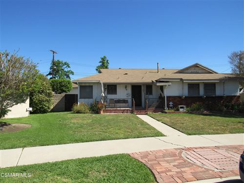 Photo of 15729 Labrador Street, North Hills, CA 91343 (MLS # 221002240)