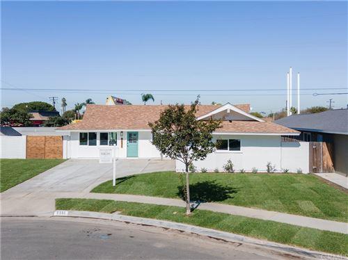 Photo of 6551 Walton Drive, Huntington Beach, CA 92647 (MLS # OC21229240)