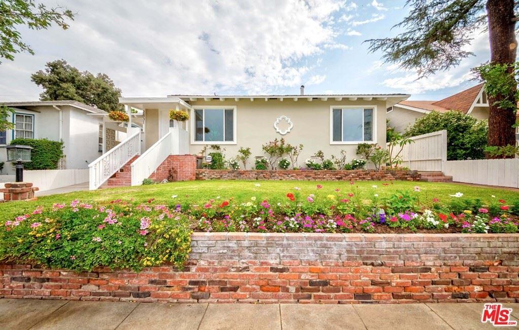 Photo of 2831 Prospect Avenue, La Crescenta, CA 91214 (MLS # 21762240)