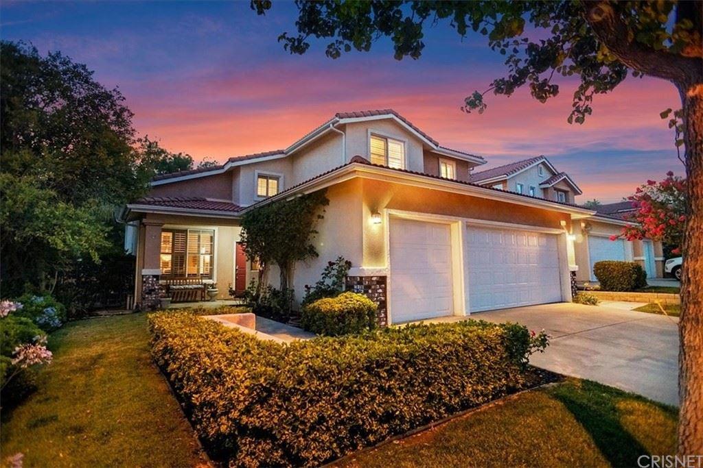 Photo for 25815 Bronte Lane, Stevenson Ranch, CA 91381 (MLS # SR21141240)