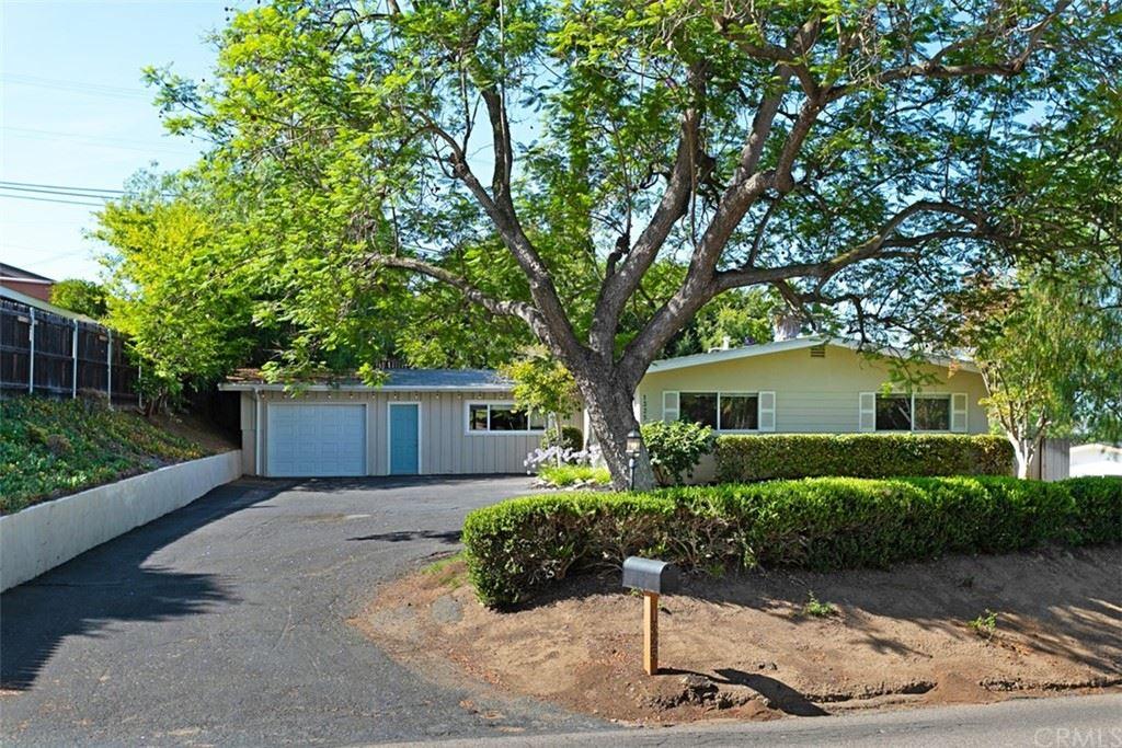 1325 E Alvarado Street, Fallbrook, CA 92028 - MLS#: SW21145240