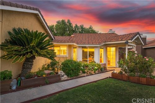 Tiny photo for 14811 Quezada Way, Canyon Country, CA 91387 (MLS # SR20226241)