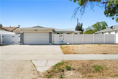 Photo of 15946 Los Alimos Street, Granada Hills, CA 91344 (MLS # SR21181241)