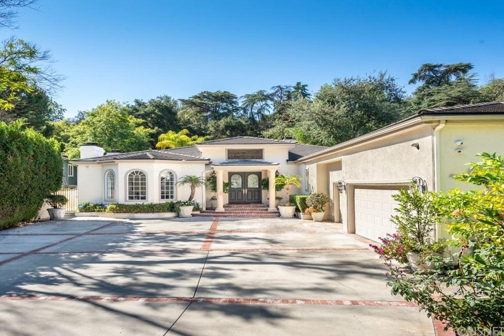 Photo of 17054 Rancho Street, Encino, CA 91316 (MLS # SR21217241)
